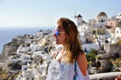 Oia 2 SANTORINI, GREECE: BEST SUNSET SPOTS