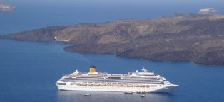 Cruises to Santorini Greece
