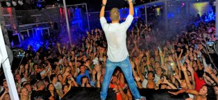 Mykonos Greece clubs