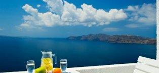 Oia Greece Hotels